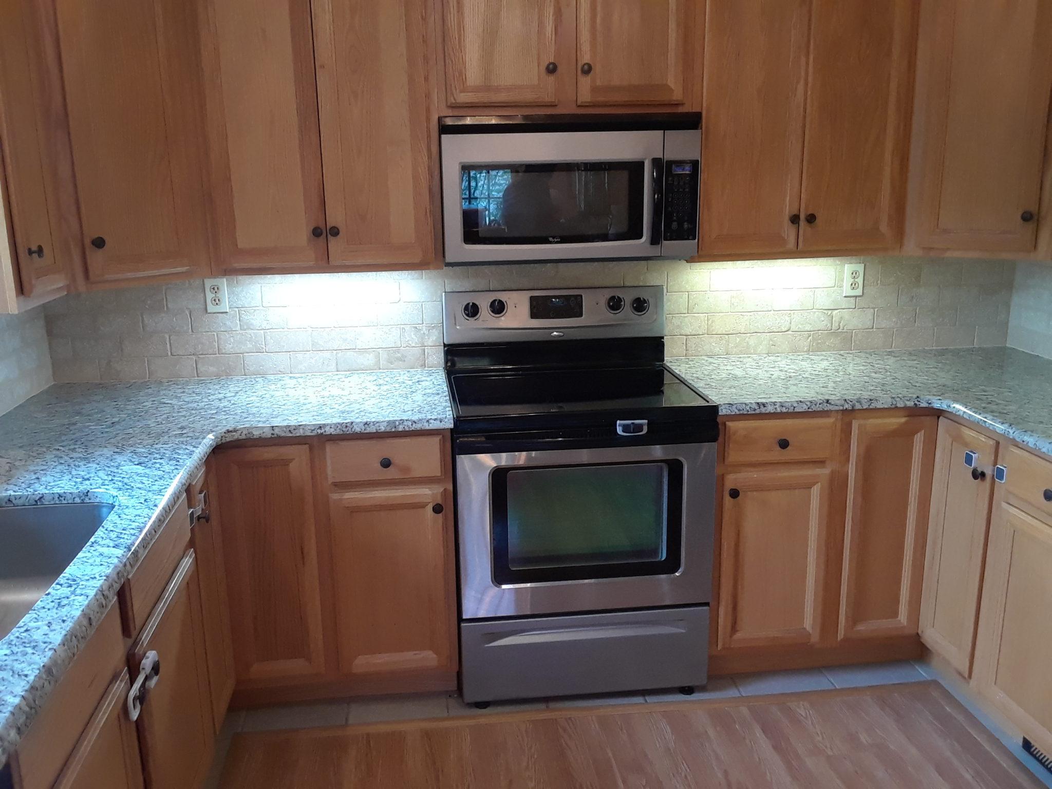 Kitchen Light Quartzites