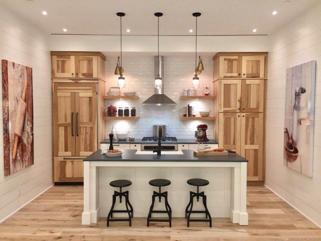 Wellborn Estate Custom Cabinets